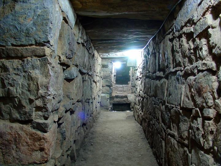 Chavín_de_Huantar_Août_2007_-_Corridors_Intérieurs_2