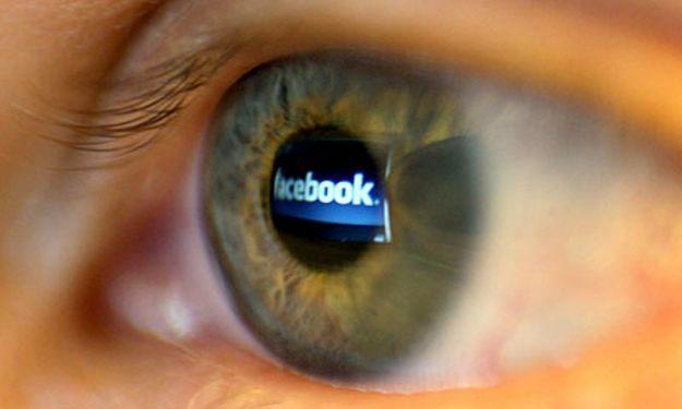 """Kako korisnici Facebooka percipiraju tuđe živote ili """"Dođoh, vidjeh,posijedih"""""""